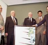 De izq. a dcha. Pedro León Zapata, Ramón J. Velásquez, Arturo Uslar Pietri, José Calvo Otero y Miguel Henrique Otero. Caracas 2000
