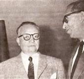 Con Rómulo Betancourt (s. f.)